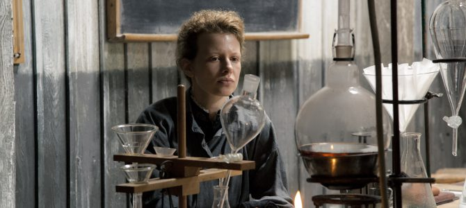El ejemplo de Marie Curie, una científica valiente