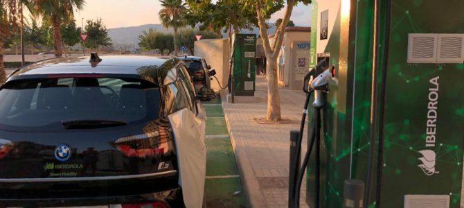 Viajamos por el Mediterráneo en coche eléctrico