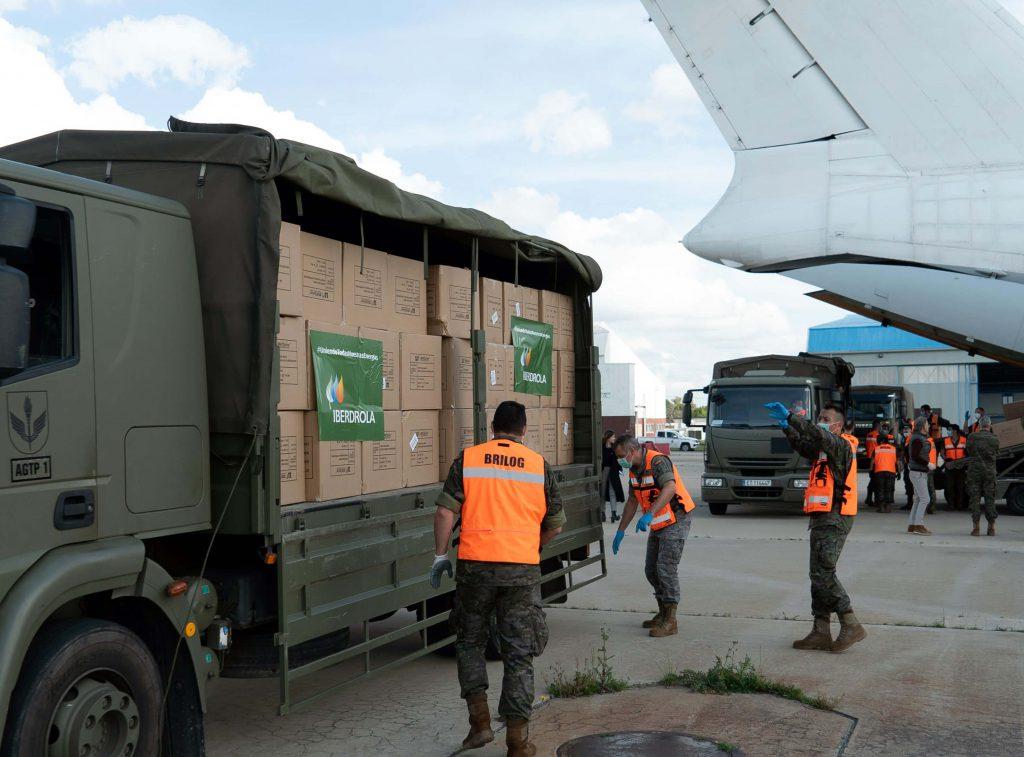 llegada material sanitario camiones