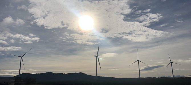 Líderes mundiales en renovables ¡y seguimos invirtiendo con todas nuestras energías! (limpias)