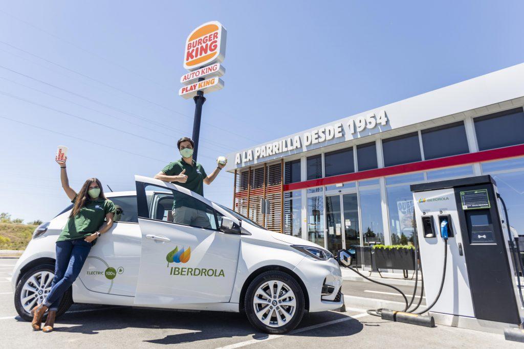 coche electrico en burger king
